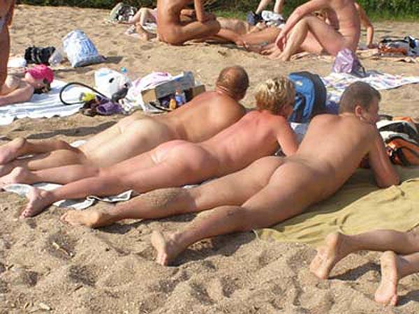 Секс на пляже в Сочи - порно видео