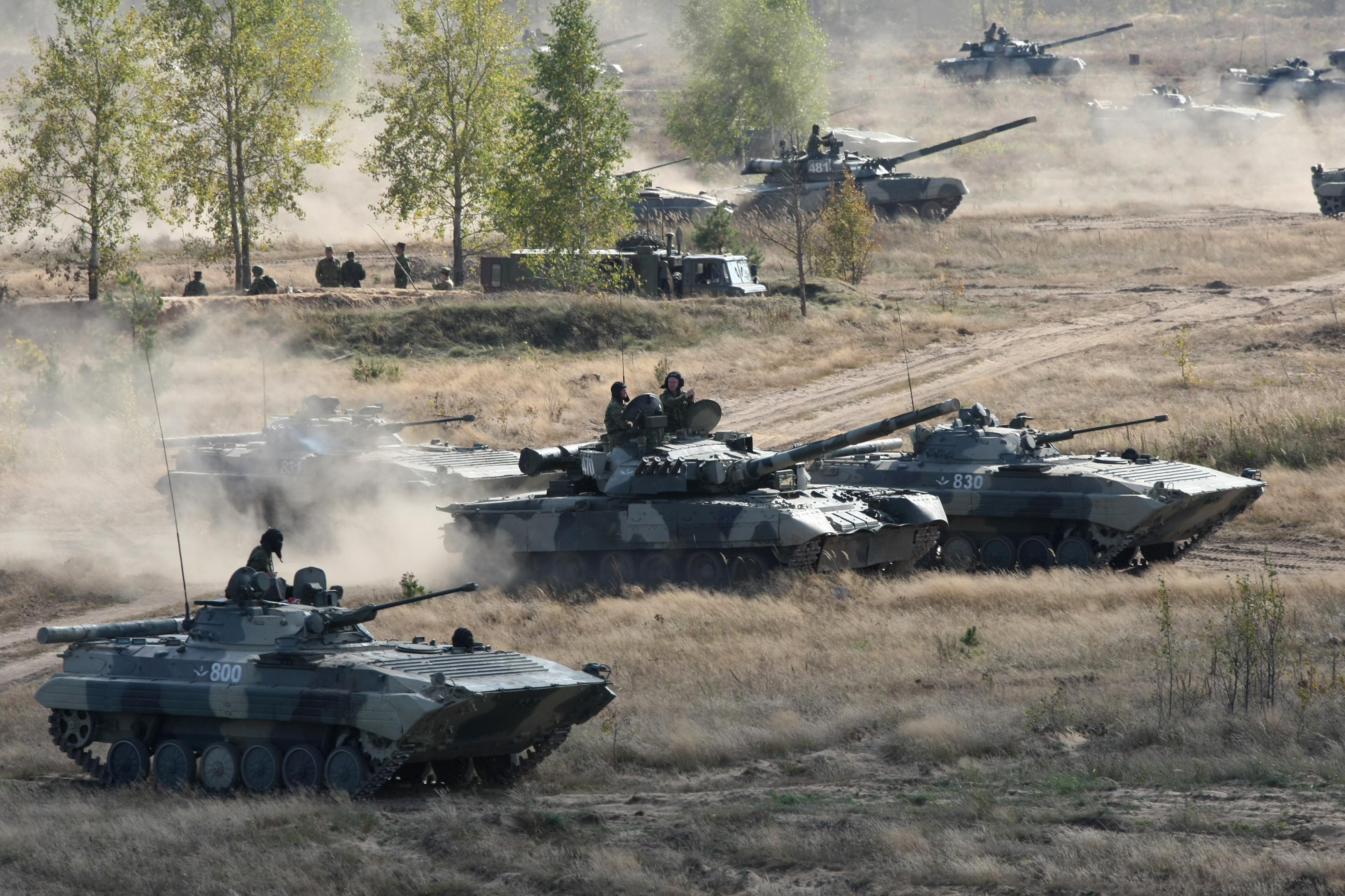 Военные учения России и НАТО увеличивают вероятность войны в Европе