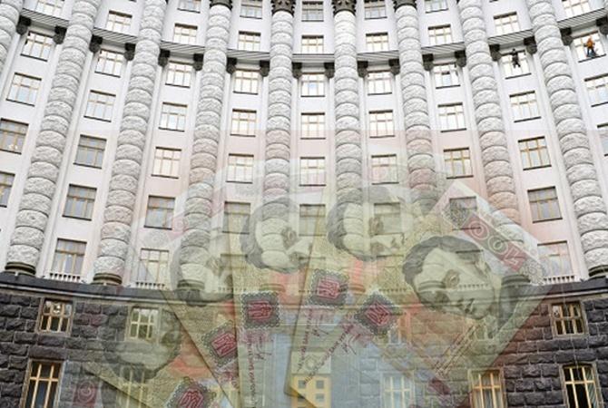 Западные кредиты способствуют разграблению государства Украины