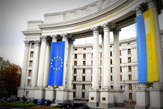 Российская Федерация должна уйти сДонбасса— Климкин