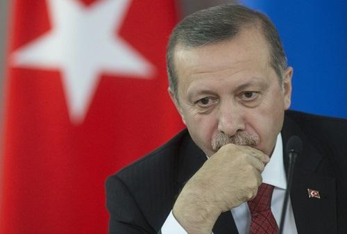 Неможем бросить сограждан вКрыму— Турция