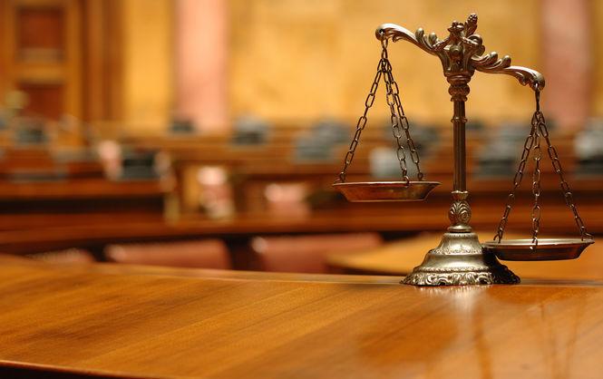 Суд арестовал сотрудника отдела поборьбе скоррупцией завзятку в $1000