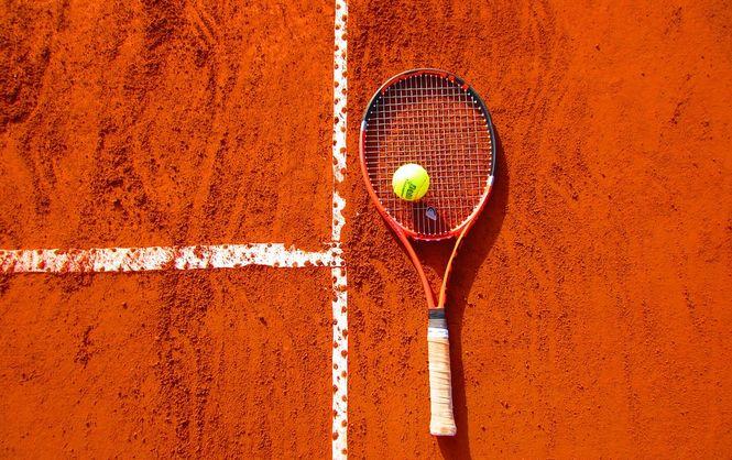 Бадминтон итеннис— ученые назвали самые полезные виды спорта