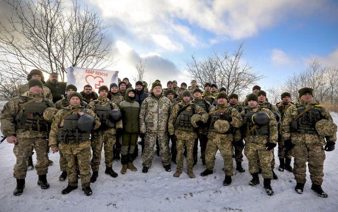 Охранники Порошенко удерживали корреспондентов и грозили им