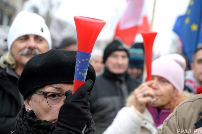 Спикер сената Польши обсудил спредставителями СМИ условия ихработы