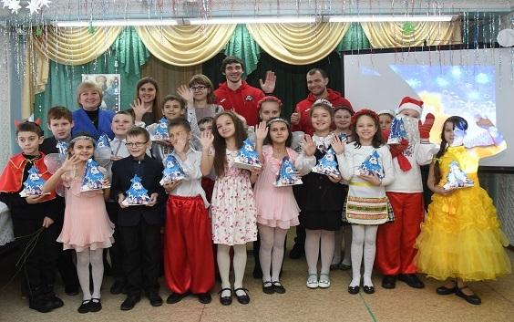 58 тыс. детей получили подарки вДень Николая отФонда Бориса Колесникова