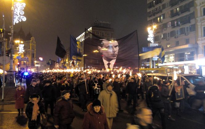ВКиеве прошло факельное шествие вчесть дня рождения Степана Бандеры
