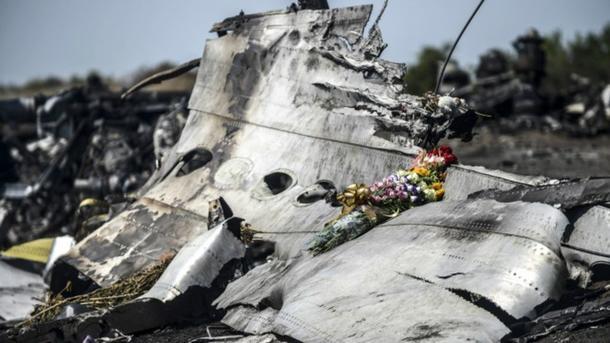 Родственники погибших вкатастрофе MH17 требуют восстановить поиски останков жертв