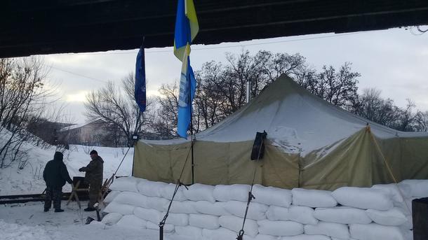 Милиция иактивисты пытаются выяснить отношения— Блокада Донбасса