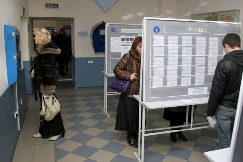 Нигде неработающих вгосударстве Украина стало больше