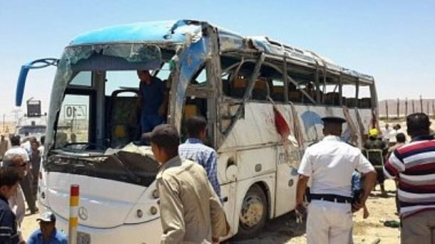 ВЕгипте обстрелян автобус схристианами, погибли 23 человека