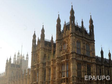 Лейбористы сократили отставание отконсерваторов доминимума— Опрос