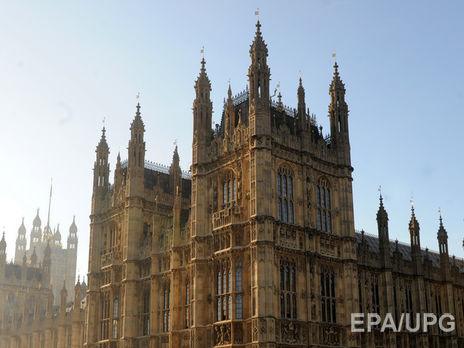 Британский парламент поддержал руководство Мэй