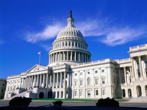 Комитет Сената США одобрил выделение $700 млрд. навоенные нужды