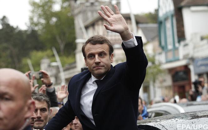 Уполномоченный  французских ультраправых сознался впокушении наЭммануэля Макрона