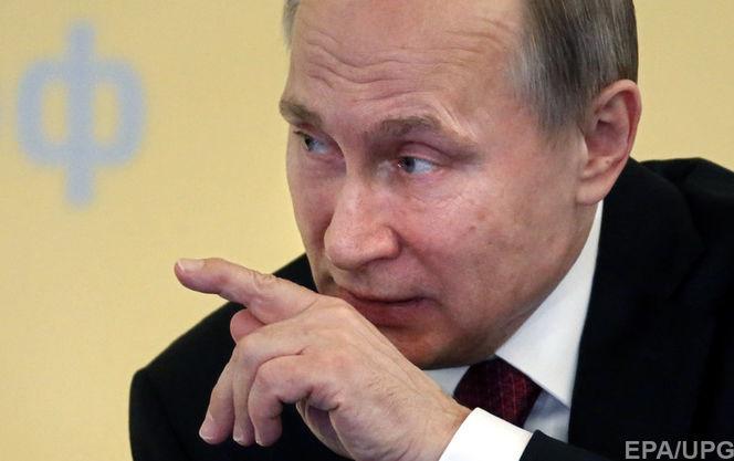 Порошенко иМеркель сообщили онеобходимости продолжения активных контактов в«нормандском формате»