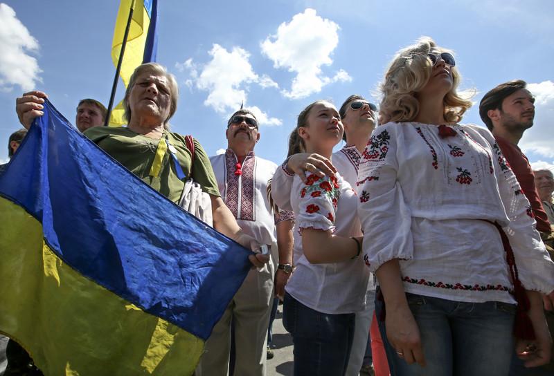 Ответ «освободителям»: 54% украинцев— против официального статуса русского языка