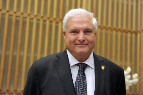 Экс-президента Панамы экстрадируют изсоедененных штатов