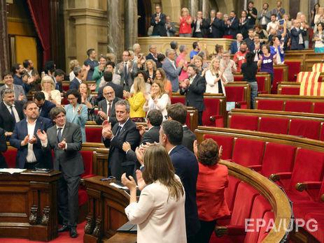 Страсти вокруг референдума вКаталонии: руководство Испании подает всуд
