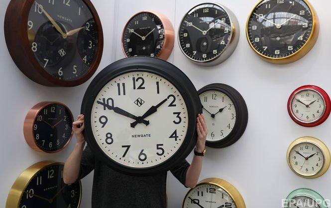 ВЕврокомиссии отреагировали наинициативу Литвы относительно отказа отлетнего времени