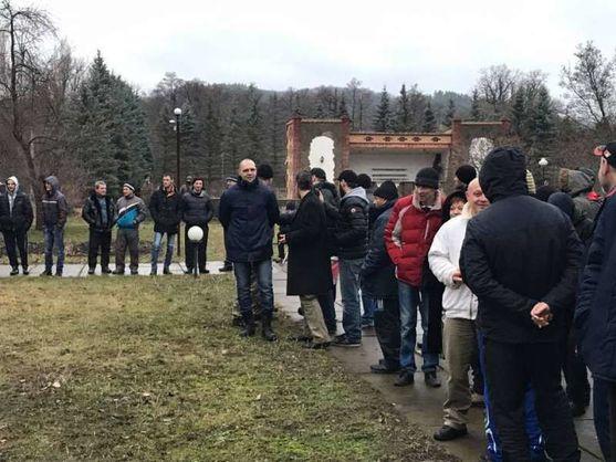Меркель иМакрон призвали обменять всех пленных вДонбассе