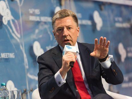 Петр Порошенко иКурт Волкер обсудили возможность ввода миротворцев вДонбасс