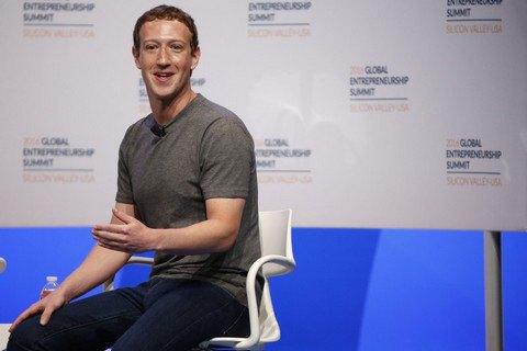Марк Цукерберг перевел собственных  служащих  на андроид  после конфликта сApple