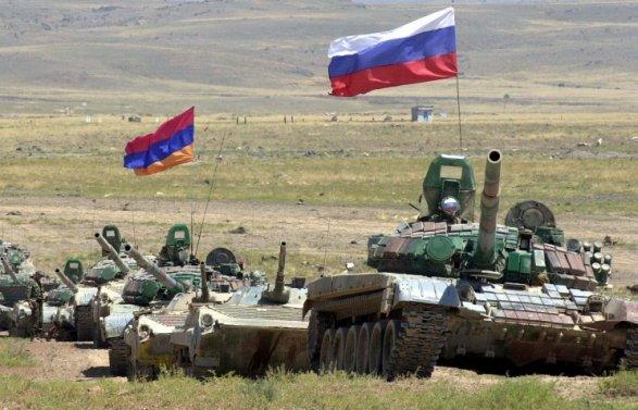 Россия готовится к войне.