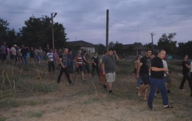 300 одесситов разгромили цыганскую общину из-за убийства ребенка