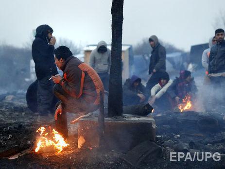Олланд пообещал закрыть лагерь беженцев вКале